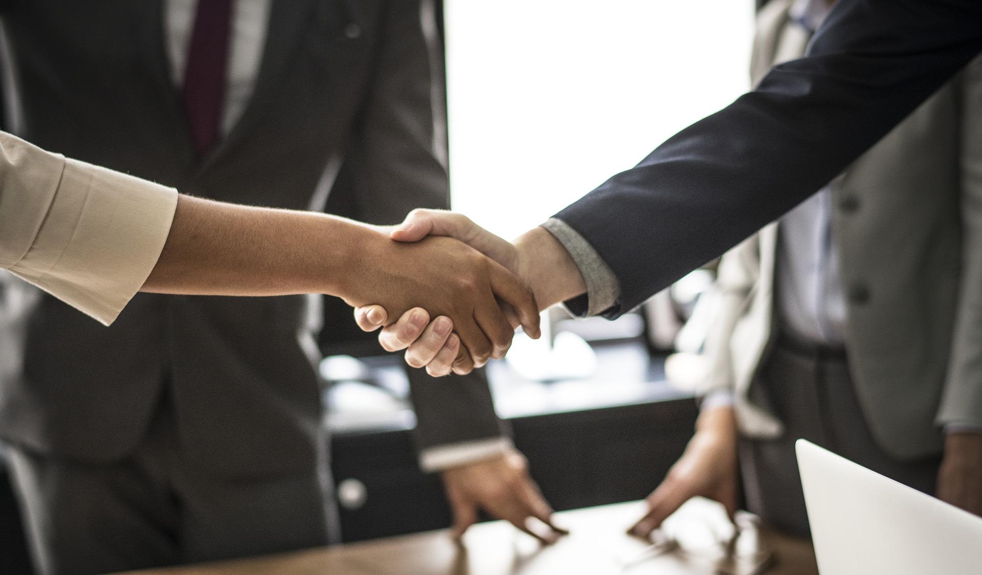 Millaisia ominaisuuksia yrittäjältä vaaditaan?